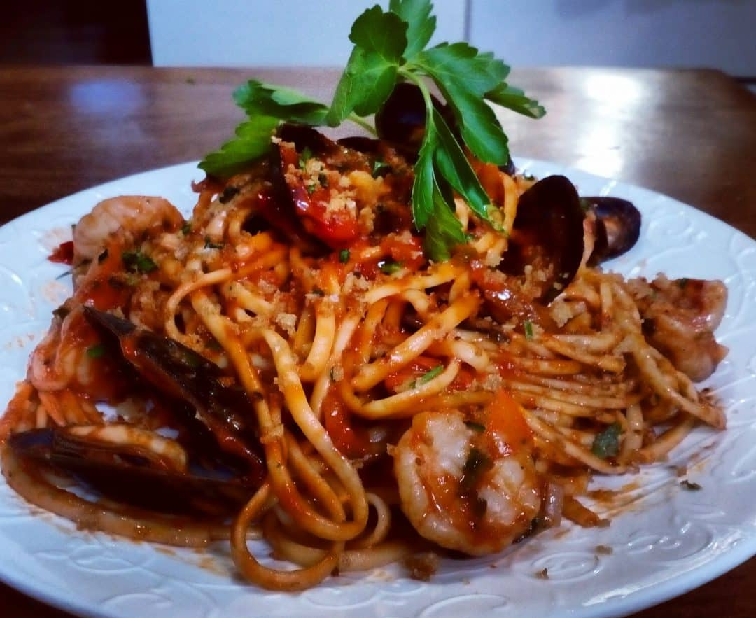 Bloody Mary Linguini with Mussels and Prawns
